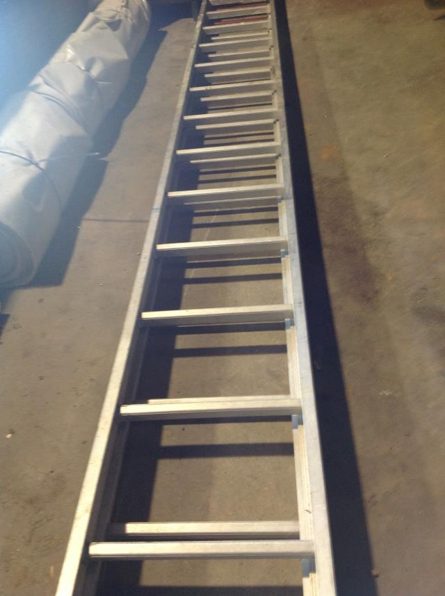 Where to find 32  Extension Ladder in Springfield